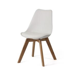 Scandinavia chair with oak legs